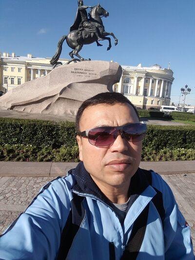 Фото мужчины Дядя Миша, Санкт-Петербург, Россия, 36